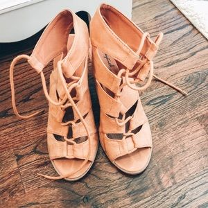 boutique lace up heels!